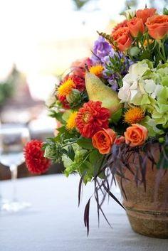 Lovely Autumn ideas for table centre or harvest arrangements.