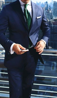 Navy Suit Green dot•○• tie