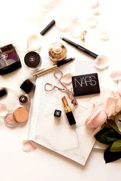 How To Spend Less Money On Beauty Products - The Beauty Spending Ban @jnnfrch