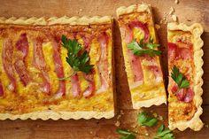 Cheesy bacon-topped quiche lorraine