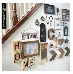 Wall collage decor ideas to have the best rustic gallery wall picture wall collage wall collage Rustic Decor, Farmhouse Decor, Rustic Wood, Diy Wood, Rustic Modern, Country Decor, Rustic Stairs, Farmhouse Bench, Farmhouse Interior