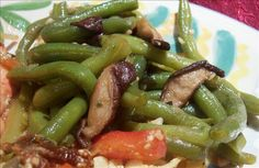 Green Beans With Shiitake Mushrooms. Photo by lazyme