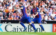 Messi y Suarez recatan el Barcelona gana ante el Valencia