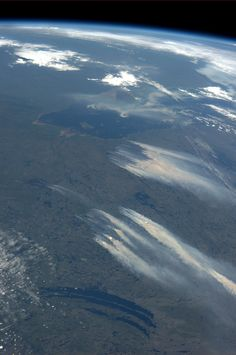 "Fires today 4 July 2013 in northern Quebec, from the orbital perspective of NASA Astronaut Karen Nyberg ""Forest fires in Quebec.  KN from space."""