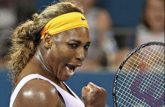 Serena Williams beats Maria Sharapova to reach Brisbane final (2014)