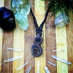 Macrame necklace with raw gem quality garnet and ammonite  Instagram : hypnova_crystals Facebook : hypnova.crystals Macrame Necklace, Washer Necklace, Bottle Charms, Ammonite, Crystal Jewelry, Garnet, Dream Catcher, Gems, Charmed