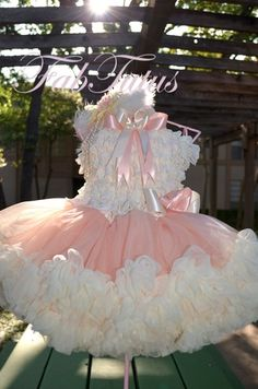 FabTutus  style pettiskirt and ruffle top set in peach and  ivory....gorgeous! 212e52495e
