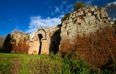 Sotto le Possenti mura di Falerii novi