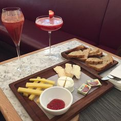 Cocktails and Cheese #westfieldmall
