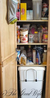 The Good Wife Weekly Organization Challenge - Week 9 Recycle Center and Trash #organization #kitchen