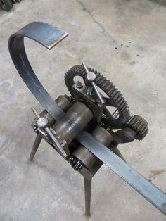 steel wheels for a torch cart. Metal Bending Tools, Metal Working Tools, Metal Tools, Metal Art Projects, Welding Projects, Welding Art, Sheet Metal Roller, Metal Fabrication Tools, Fabrication Work