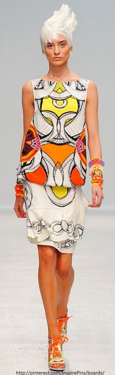 Spring 2014 Ready-to-Wear Manish Arora