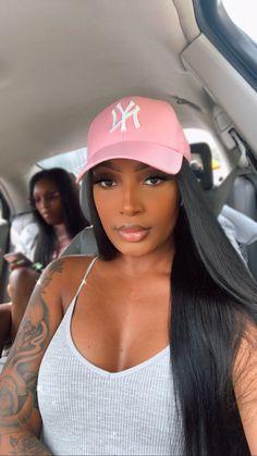 Baddie Hairstyles, Black Girls Hairstyles, Pretty Black Girls, Beautiful Black Women, Bad Girl Aesthetic, Girls Makeup, Gorgeous Hair, T 4, Black Girl Magic