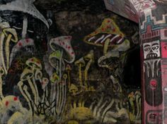 inspiration Underground Cities, Mushroom Art, Street Art, Paris, City, Inspiration, Painting, Biblical Inspiration, Montmartre Paris