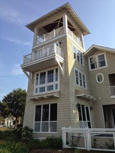 beach cottage with lookout tower - Yahoo Image Search Results Two Story House Design, Tiny House Design, Modern House Design, Home Building Design, Home Design Plans, New England Cottage, Cottage Plan, Cottage Ideas, Br House
