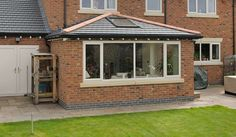 cosy Garden room Solid R - gardenroom Conservatory Ideas Sunroom, Tiled Conservatory Roof, Orangery Roof, Conservatory Extension, Modern Conservatory, Garden Room Extensions, House Extensions, West London, House Extension Plans