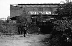 THE DEN MILLWALL FC    THE 1980s