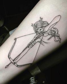 Tatouage Artemis, Artemis Tattoo, Athena Tattoo, Aphrodite Tattoo, Creative Tattoos, Unique Tattoos, Beautiful Tattoos, Small Tattoos, Sexy Tattoos