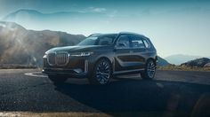 BMW pulled the covers off its first full-size SUV a week before the Frankfurt motor show. The Concept X7 iPerformance seats six people in three rows