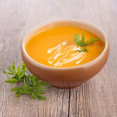 Carrots are an essential part of a balanced diet due to being high in beta-carotene, vitamins, and minerals. This is why we have decided to share these two easy creamed carrot recipes. Curried Carrot Soup, Baby Food Recipes, Healthy Recipes, Thai Red Curry, Good Food, Food And Drink, Veggies, Meals, Fruit