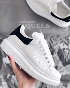 Sneakers Fashion, Fashion Shoes, Shoes Sneakers, Alexandre Mcqueen, Alexander Mcqueen Sneakers, Hype Shoes, Baskets, Pretty Shoes, Adidas Stan Smith