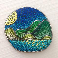 Art Painting Gallery, Dot Art Painting, Pebble Painting, Pebble Art, Stone Painting, Mandala Design, Mandala Art, Mandala Rocks, Mandala Painting
