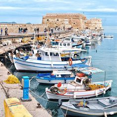 Made it to Crete!  Didn't spot the Minotaur but found a nice harbor in Heraklion to explore ⛵️ #Greece