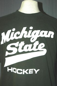 Michigan State University Spartans Hockey Adult Large Green T-Shirt (L Vintage) #RivalMadness