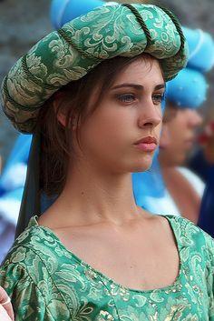 La bella del paese by maurci on Flickr.