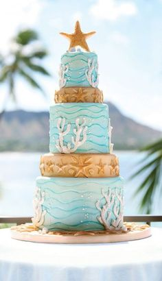 beach themed wedding cake - SO CUTE