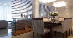 persiana de madeira como divisoria