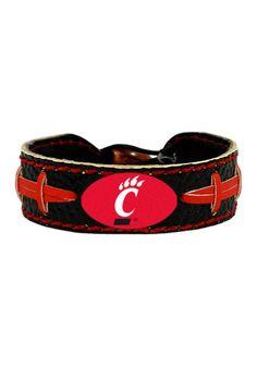 Cincinnati Bearcats Gamewear Black Football Bracelet http://www.rallyhouse.com/shop/cincinnati-bearcats-cincinnati-bearcats-gamewear-black-football-bracelet-45051 $9.99