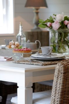 From the dining room Modern Country, Modern Farmhouse, Farmhouse Bed, Farmhouse Garden, Country Farmhouse, Fix Upper, Dining Area, Dining Room, Cabinet Medical
