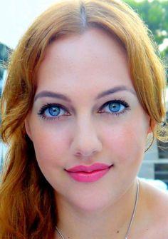 Meryem Uzerli, born August is a Most Beautifull Turkish-German actress and model❣️☥Des! Turkish Women Beautiful, Most Beautiful Eyes, Turkish Beauty, Most Beautiful Indian Actress, Beautiful Blonde Girl, Beautiful Redhead, Meryem Uzerli, Cute Faces, Redheads