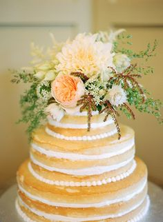 Wedding Trend I'm Loving :: Unfrosted Cakes