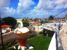 Para uma visão privilegiada de Aracaju com toque mais urbano a Colina do Santo Antônio é a pedida certa.  http://www.vidadeturista.com/atracoes/colina-do-santo-antonio-aracaju-se.html  #aracaju #sergipe #BlogueirosEmAracaju #ap