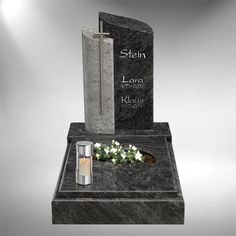 Tombstone novelties Fulda – Miracles from Nature Cemetery Monuments, Cemetery Art, Brown Leather Crossbody Bag, Small Leather Bag, Tombstone Designs, Grave Headstones, Cemetery Decorations, Wallets For Women Leather, Flower Arrangements