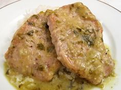 #mexicanrecipes #mexicanfood #pork This is a quick and easy variation on a slow cooked Mexican classic; while it cannot replicate all of the complex flavors which come from th...