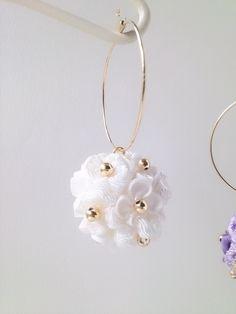 つまみ細工 アジサイ 丸花の球体 フープピアス