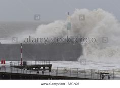 Aberystwyth, Wales, UK. 30th December, 2015 #StormFrank brings huge waves to Aberystwyth  © Keith Morris / Alamy Live News
