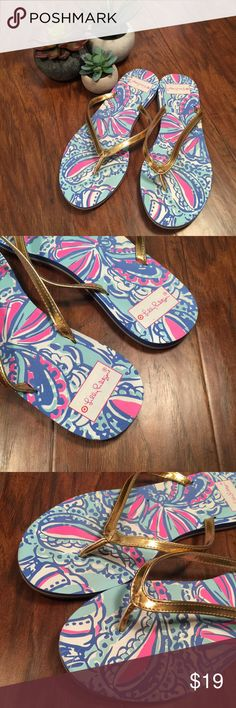 Lilly Pulitzer for Target Flip Flops Size 9 EUC Lilly Pulitzer for Target flip flops, size 9. The pattern is 'My Fans'. I bought these used and the seller said they wore them just a few times but they were too big. I never wore these other than to try them on when I first got them. I'm just not a flip flop girl! They're in excellent condition. 🚫 TRADES Lilly Pulitzer for Target Shoes Sandals
