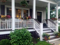 Amazing Farmhouse Style Front Porch Design And Decor Ideas Amazing Farmhouse Style Front Porch Design And Decor Ideas Always aspired to be able to knit, nevertheless undecided whe. Front Porch Railings, Front Porch Design, Front Porch Steps, Porch Stairs, Front Deck, Deck Railings, Railing Flower Boxes, Veranda Design, Farmhouse Front Porches
