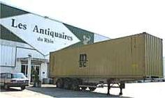 40' container loaded in front of my warehouse, in Strasbourg, France. We ship worldwide european antiques, from Louis XV style to Louis Philippe, Art Nouveau to Art deco, 1940's design and industrial line.