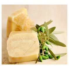 Olive Oil Bar Soap with Natural Loofa Sponge – by Lavender