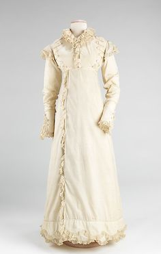 Dress, ca. 1820, American, cotton. Brooklyn Museum Costume Collection at The Metropolitan Museum of Art (2009.300.782)