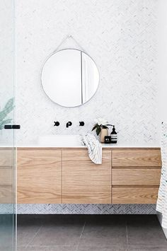 Bathroom tips, bathroom renovation, master bathroom decor and master bathroom organization! Bathrooms could be beautiful too! From claw-foot tubs to shiny fixtures, they are the bathroom that inspire me the most. Bathroom Renovation, Bathroom Inspiration, Bathroom Decor, Tile Bathroom, Laundry In Bathroom, Bathroom Interior Design, Timber Vanity, Bathroom Renovations, Bathroom Design