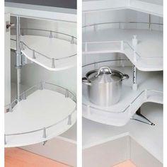 Kulmakaapin hyllyt toimivaan keittiöön. www.helakeskus.fi #koti #keittiö #sisustus #säilytys #home #decoration #helakeskus #tukkumyynti #yritysmyynti