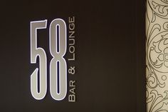The 58 Bar & Lounge welcomes you for lunch or to get a drink during the happy hours : 6 till 8 pm - week days. Champagne Bar in Paris.
