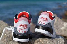 #hypebeast #sneakers #kicks #shoes #nike #adidas #yeezy #jordan #fashion #sneakersfemme #sneakershomme #unisex #streetwear #modestreetwear #modetendance #basketnikefemme #streetwearfashion #airmax #airforce #chaussures #chaussuresnike #chaussuresjordan #chaussuresretro #stockx #stockxsneaker Mode Streetwear, Streetwear Fashion, Hypebeast Sneakers, Basket Nike, Kicks Shoes, Yeezy, Air Max, Air Force, Jordans