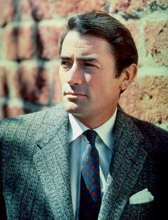 Gregory Peck. S)